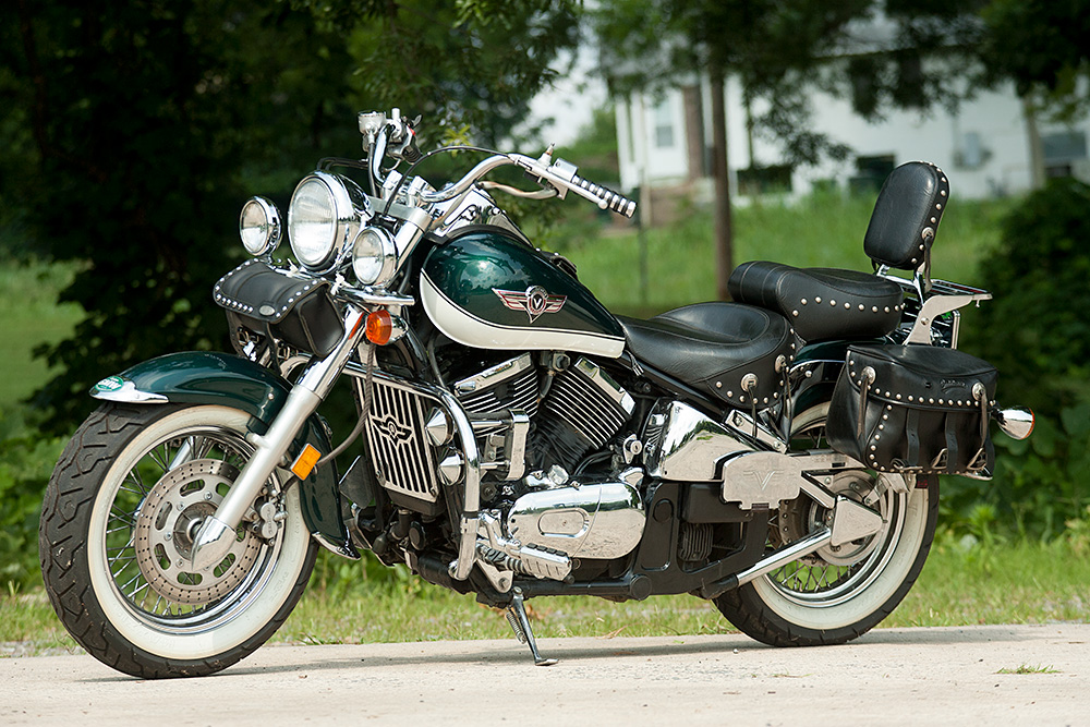 1000 images about kawasaki vulcan vn 800 custom on pinterest sweet blue and motorbikes. Black Bedroom Furniture Sets. Home Design Ideas